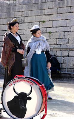 Donne in costume durante la Feria de Paques