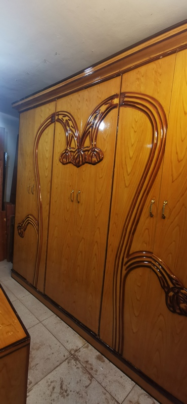 غرفة نوم مستعمله 6 ضلفة بسعر مناسب 2