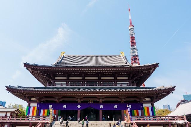 増上寺(港区)・大殿と東京タワー