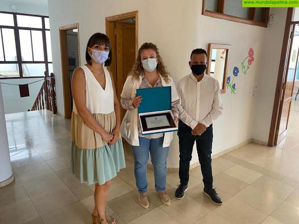 El Ayuntamiento de Fuencaliente reconoce el esfuerzo del personal del Centro de Mayores de Las Indias