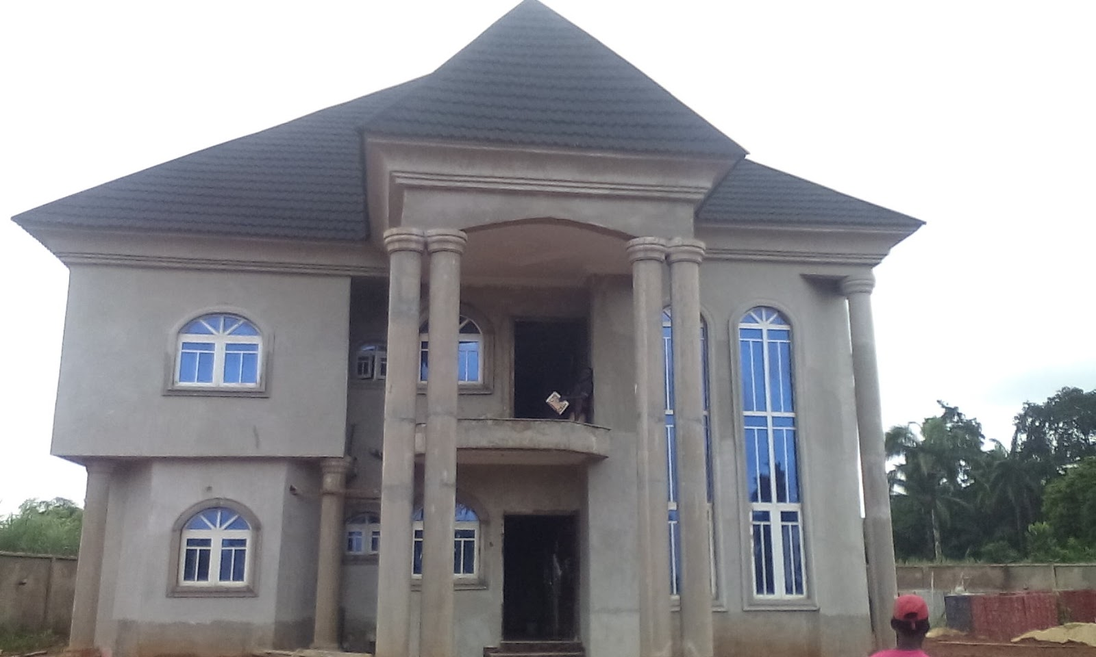 Joe construction company: A 7 Bedrooms Duplex