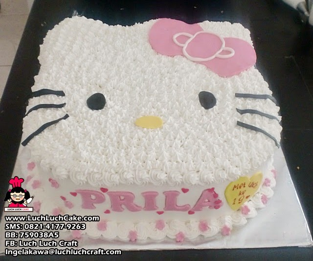Luch Luch Cake Kue Tart Ulang Tahun Hello Kitty 3d