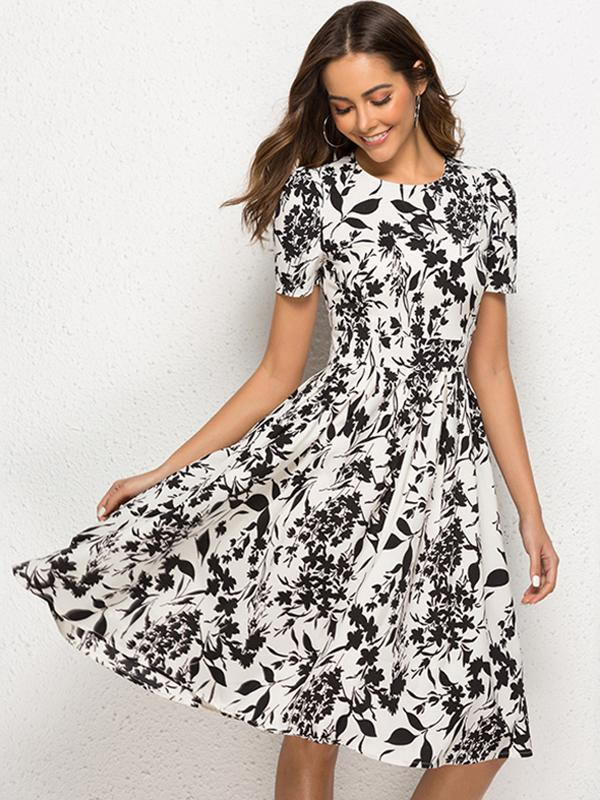 https://www.dressab.com/collections/casual-dresses/products/bohemian-floral-short-sleeve-o-neck-a-line-skater-dress