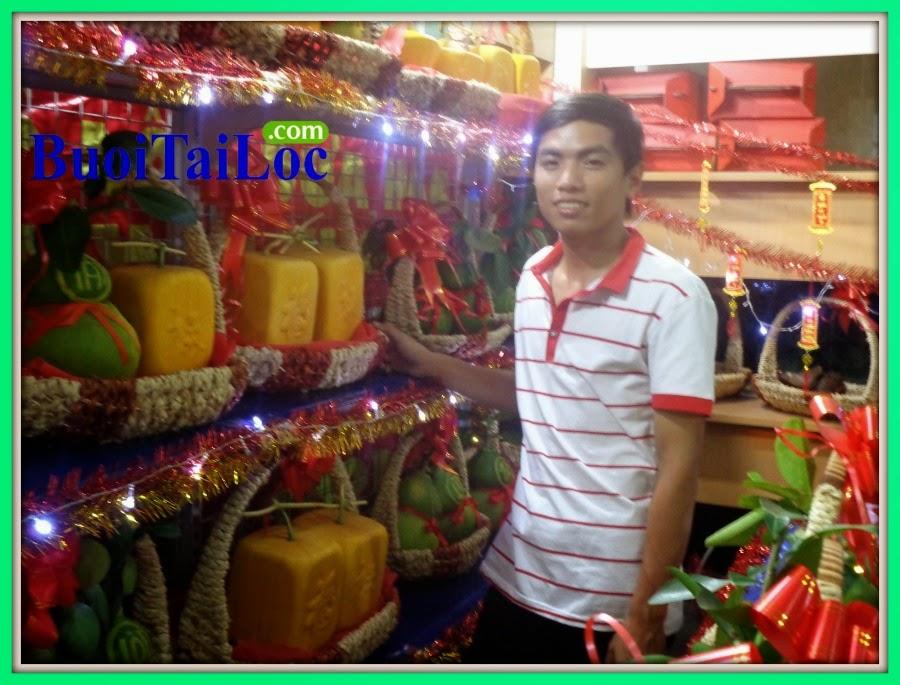 dia-chi-kinh-doanh-buoi-ho-lo-dep-va-dua-hau-thoi-vang-tai-TPHCM