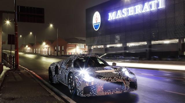 マセラティが「グラントゥーリズモ」後継のEVスポーツと謎の新型スポーツカーを開発中!