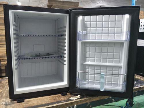 Elettrodomestici sirge frigorifero 35 litri silenzioso for Frigorifero silenzioso