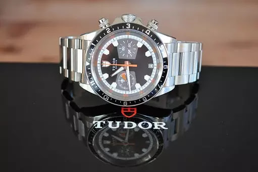 Rekomendasi jam tangan mewah dan elegan dari merek tudor