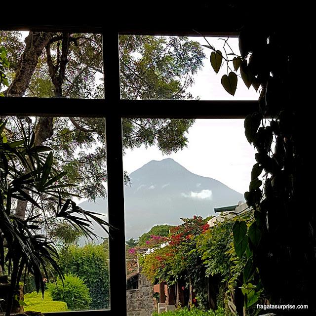 Vulcão de Água, Antigua Guatemala