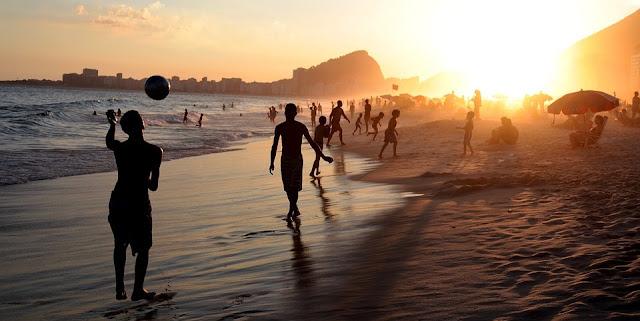 Image Attribute: Copacabana Beach, Rio de Janeiro, Brazil by Paulo Duarte / Source: Pixabay.com