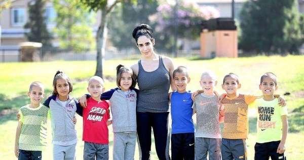 صور نادية سليمان مع ابنائها بعد 9 سنوات