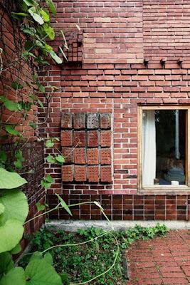 muro-mattoni-faccia-a-vista-tessiture-trame