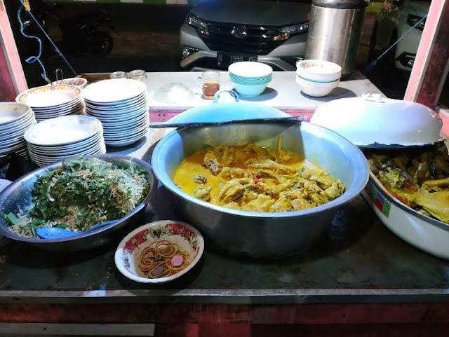 Ayam Ludho, ayam ludho malang, kuliner pedas malang, kuliner malang, santuy times