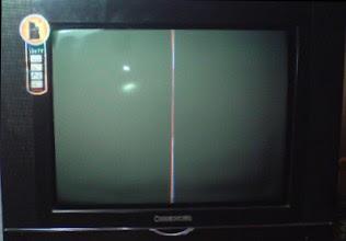 Memperbaiki Gambar TV hanya Segaris vertikal