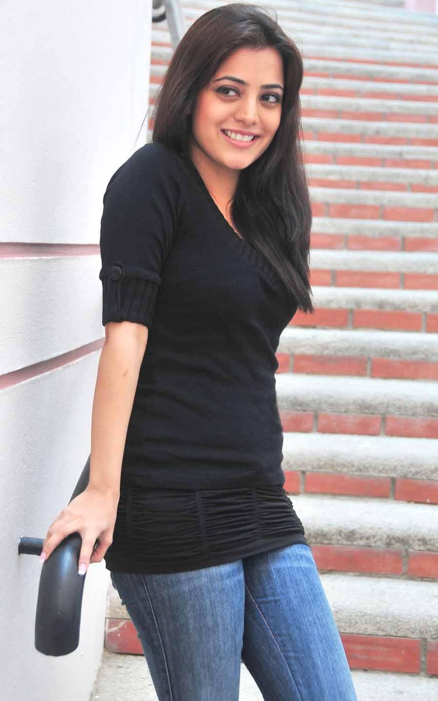 Deepakc 190 Nisha Agarwal Sister Of Kagal Agarwal Hot -7436