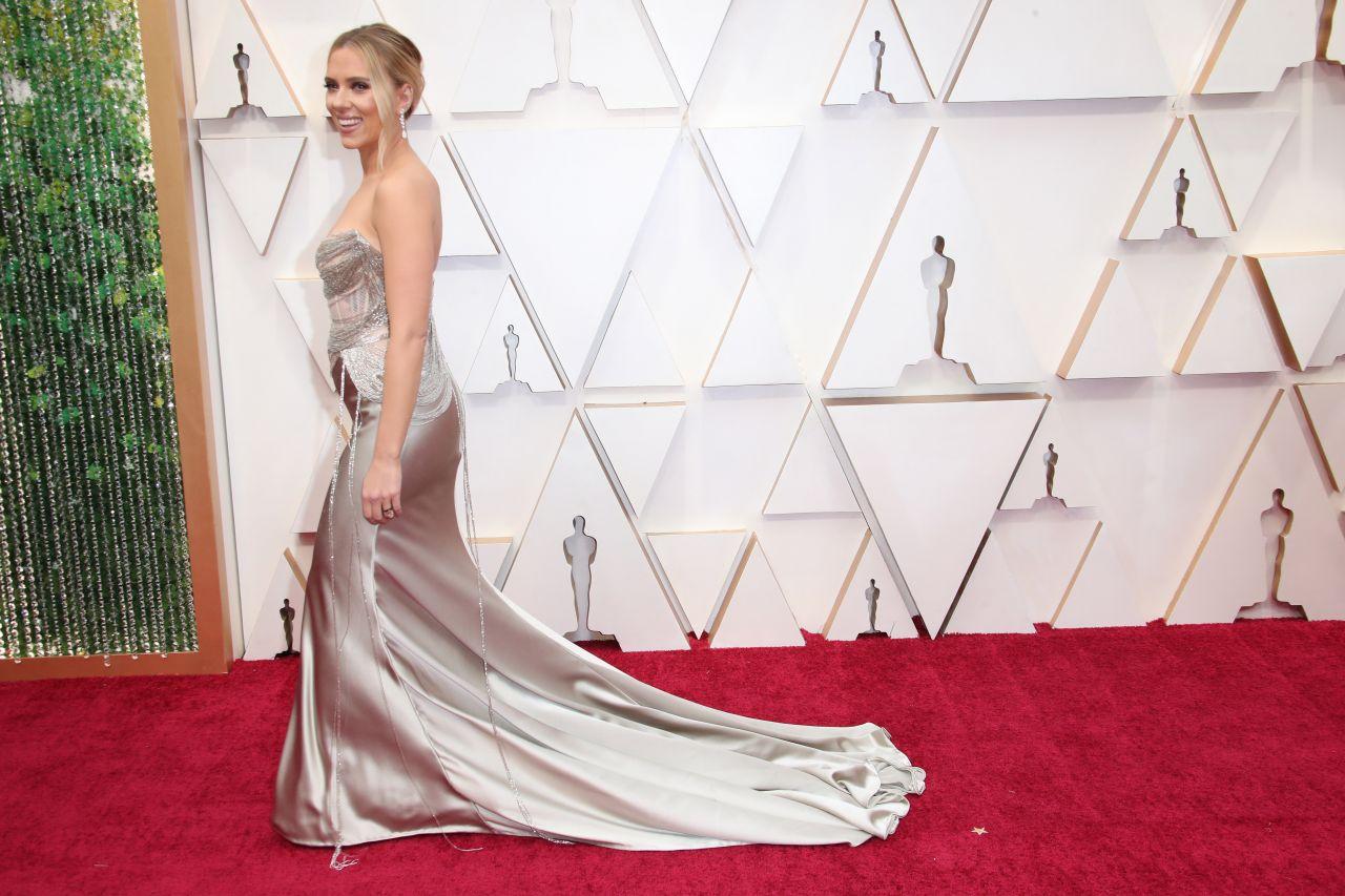 Scarlett Johansson - Oscars 2020 Red Carpet - 92nd Annual Academy Awards in Los Angeles