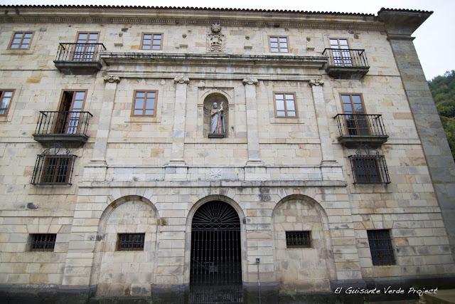 Monasterio de San Juan Bautista en Corias
