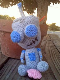 http://www.ravelry.com/patterns/library/gir-with-cupcake-invader-zim