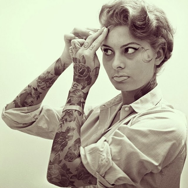 24-Sophia-Loren-Cheyenne-Randall-Shopped-Tattoos-Tattooed-Celebrities-www-designstack-co