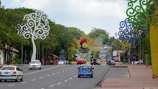 Avenue Bolivar big road