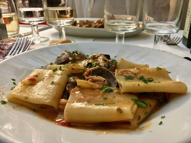 Da Gino al Parlamento, Restaurants in Rome