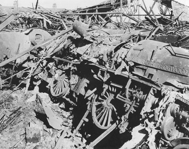 York after a Luftwaffe attack, 29 April 1942 worldwartwo.filminspector.com
