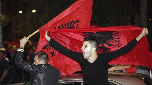 Εμείς φταίμε που κάναμε ανθρώπους τους Αλβανούς και τους αριστερούς
