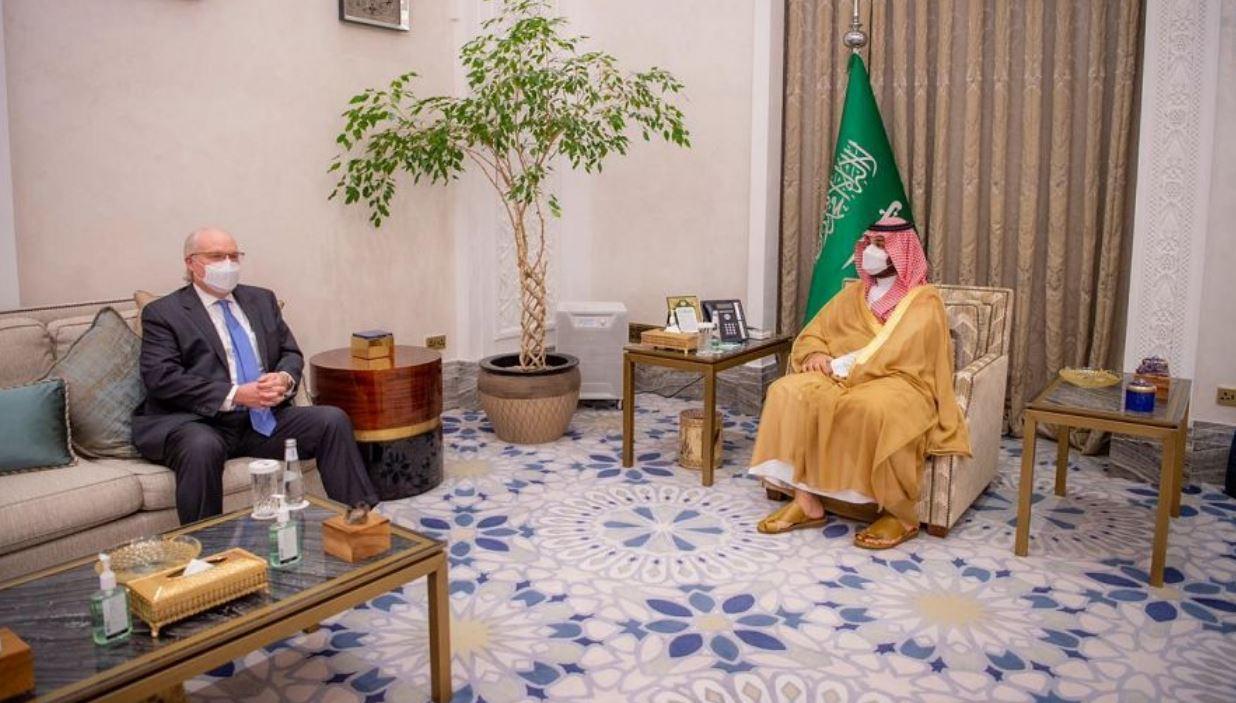 ولي العهد السعودي يلتقي المبعوث الأمريكي الخاص إلى اليمن