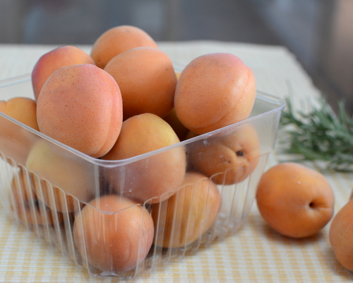 Fresh apricots for Easy Apricot Jam with Rosemary ♥ KitchenParade.com, a small batch, no canning required.