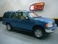 Revell Snaptite 1/25 Ford Expedition 97 XLT