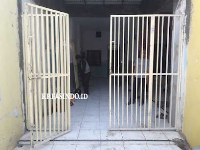 Servis Pintu Folding Gate dan Pintu Pagar di Rumah Bpk Uti Pondok Terong