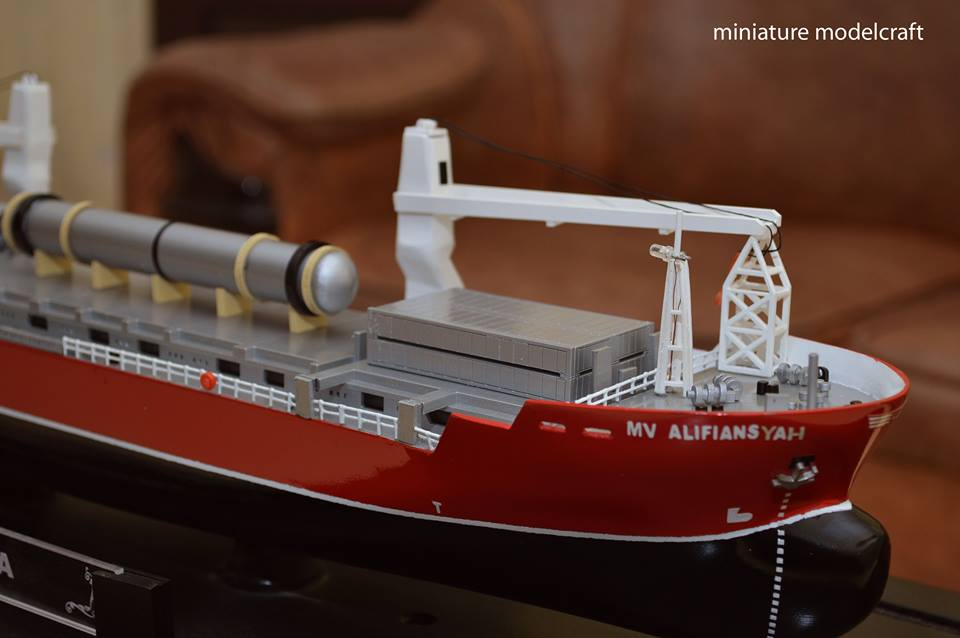 harga miniatur kapal cargo mv hhl congo