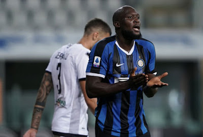 Video Parma 1-2 Inter Milan: Kinh ngạc 2 thẻ đỏ, ngược dòng khó tin