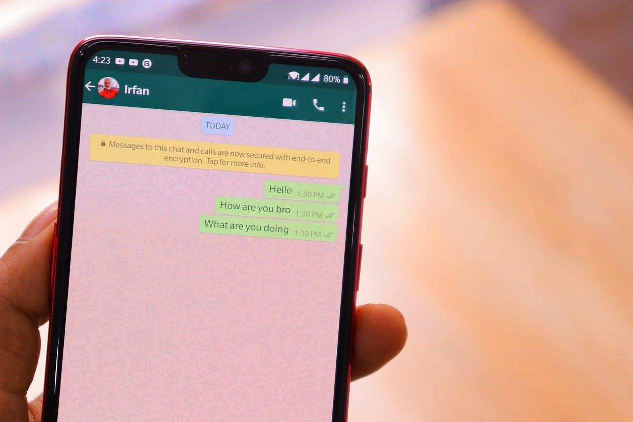 حذف الرسائل من الطرفين في واتساب