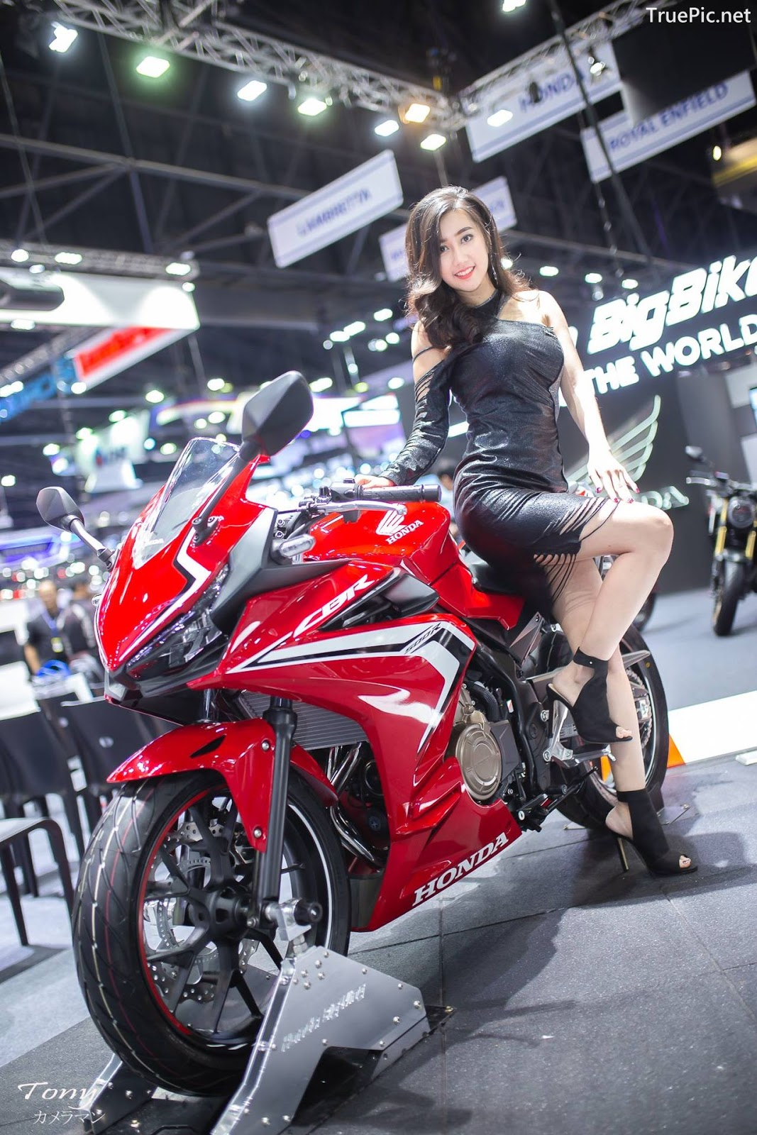 Image-Thailand-Hot-Model-Thai-Racing-Girl-At-Motor-Expo-2018-TruePic.net- Picture-2