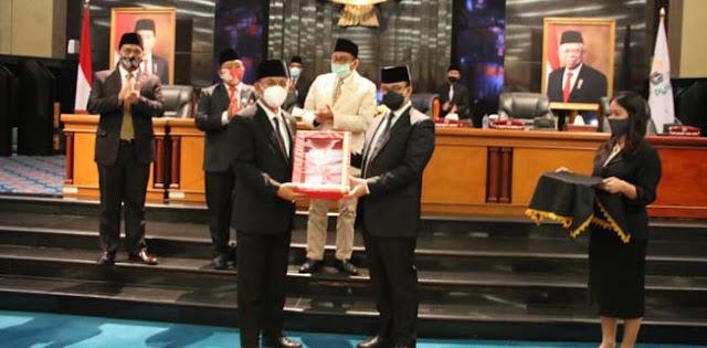Anies Bersyukur Raperda Tarif Parkir Dan Penerangan Jalan Umum Disetujui DPRD