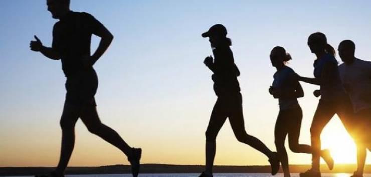 8 نصائح للجري في الأجواء الحارّة