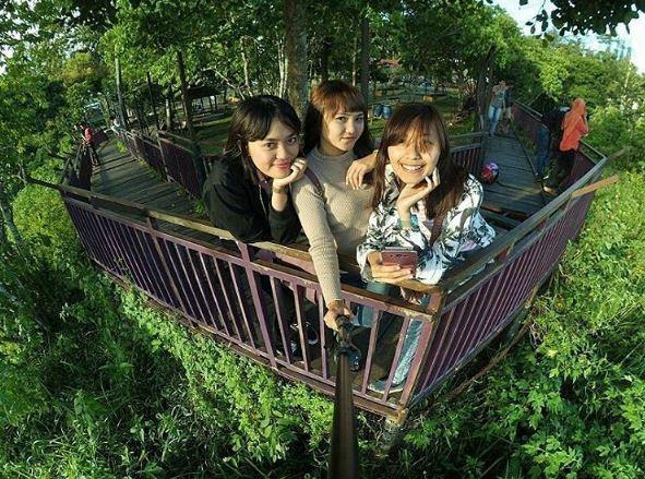 Taman Ngarai Maaram Icon Wisata di Bukittinggi