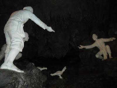 Patung-diorama-gua-jatijajar