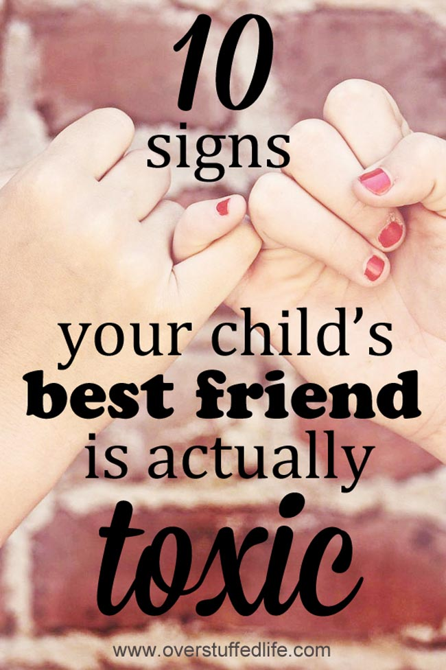 signs of a toxic friend | toxic friendship in kids | bullying | how to know your child is being bullied | cyberbully | bully