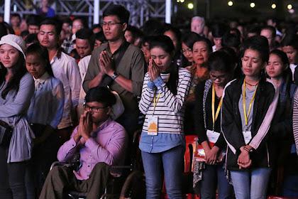 23.000 Warga Kamboja Mendengar Injil, Lebih dari 1.300 Menyerahkan Hidup Kepada Kristus di Festival Franklin Graham