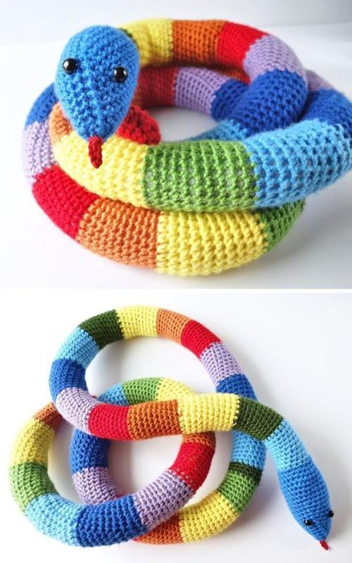 Crochet Rainbow Snake - Free Pattern