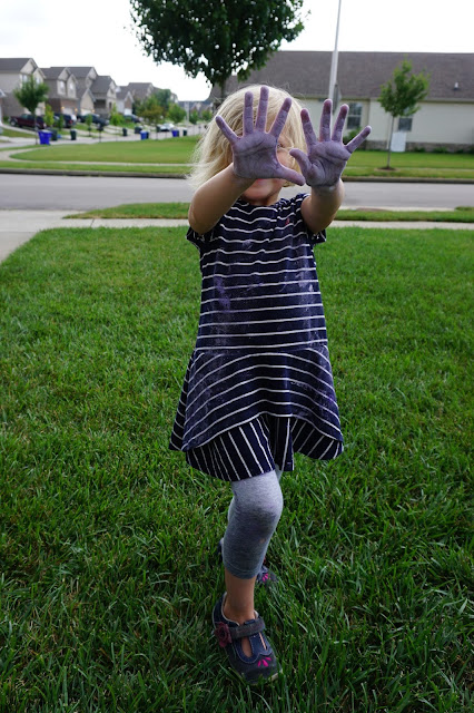 Stella's Chalky Hands
