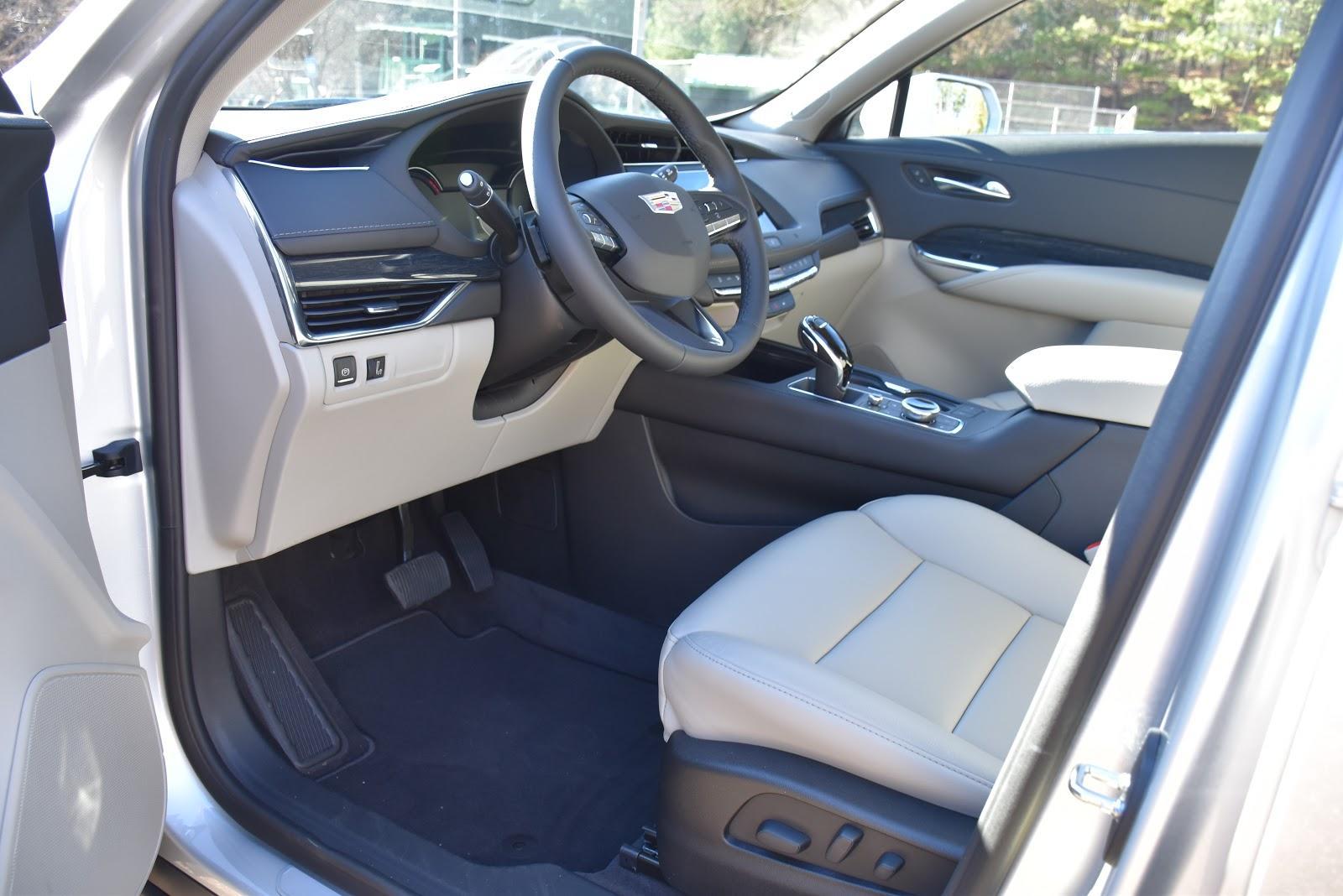 2020 Cadillac XT4 Front Driver Seat