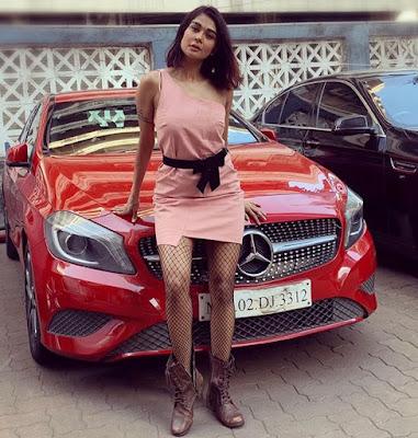 Sakshi Pradhan model