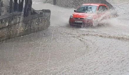 Σιάτιστα: Σφοδρή καταιγίδα, χαλάζι, πλημμύρες – Δείτε το βίντεο