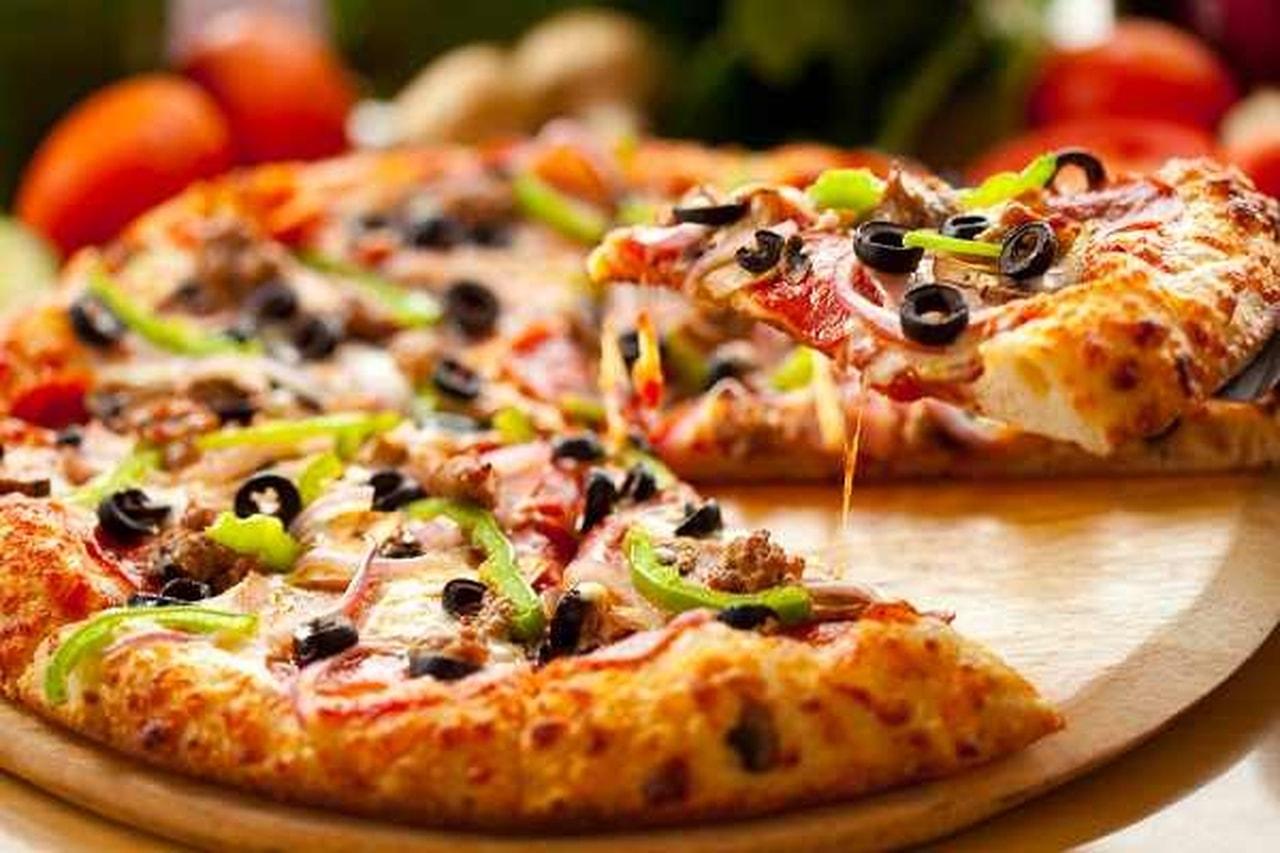 تفسير حلم رؤية البيتزا واكلها في المنام