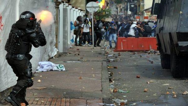 Procuraduría colombiana prohíbe uso de escopeta calibre 12 al Esmad