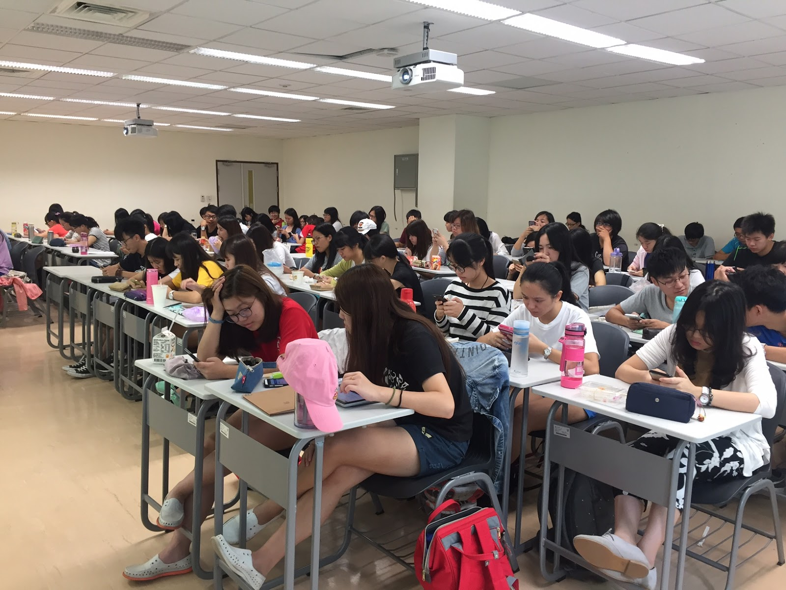 臺灣人類職能模式研究與應用發展中心-職能治療 (MOHO center in Taiwan)