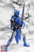 S.H. Figuarts Kamen Rider Blades Lion Senki 16