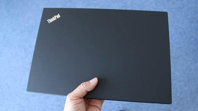 ThinkPad T490 on hand.